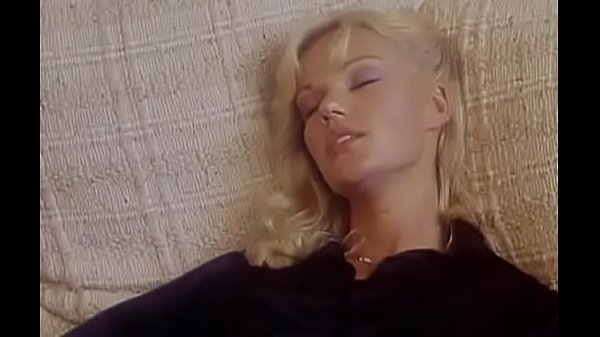 Brigitte Lahaie (Le retour des veuves)