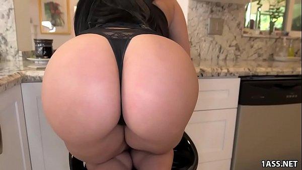 Fat ass Valerie Kay