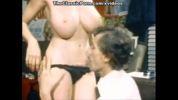 John Holmes, Candy Samples, Uschi Digard in vintage porn scene