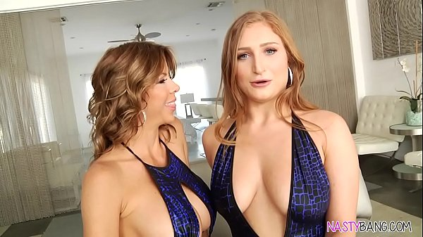 Squirting lesbian sex – Alexis Fawx and Skylar Snow