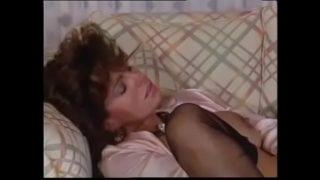 Teresa Orlowski (Foxy Lady 5)