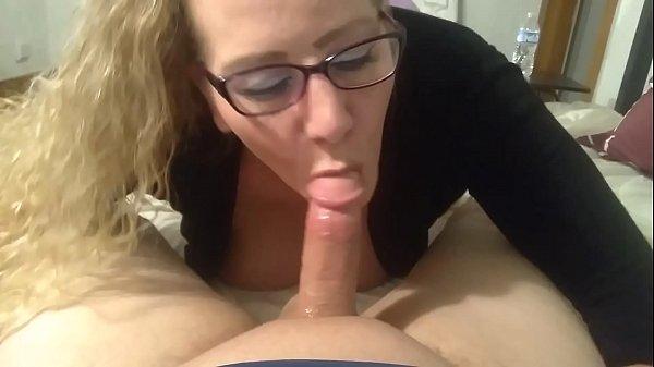 Curvy MILF and her boyfriend's big cock