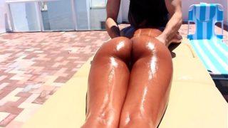 Hot Teen Jade Jantzen Gives Messy BLowjob After Massage