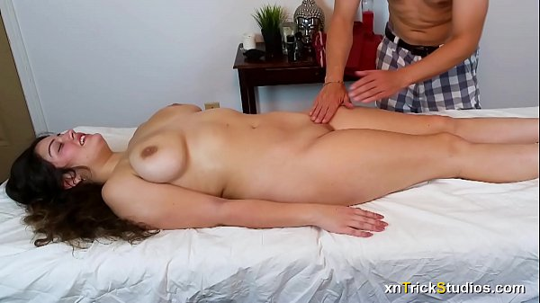 Kennedy Taylor gets A Massage