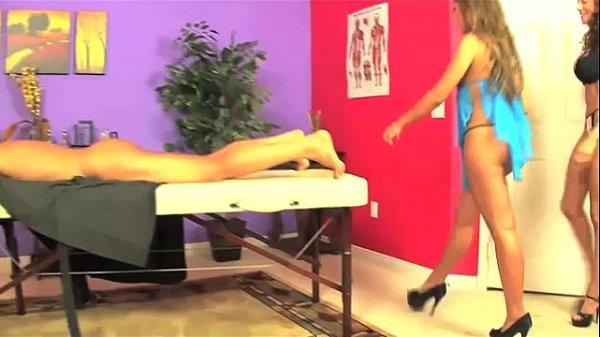 Massage Threesome
