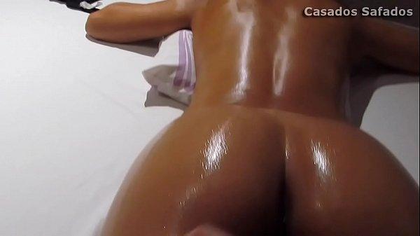 Massagem com Óleo, esposa gostosa