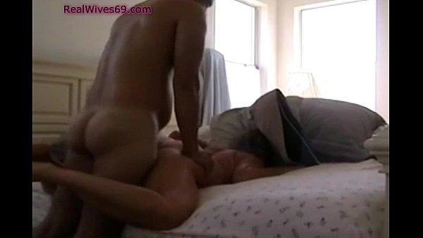 Mom Fucked Doggystyle and Cumshoted on RealWives69.com