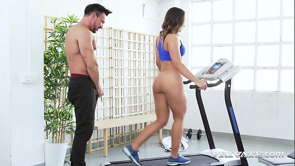 Private.com – Big Butt Latina Briana Banderas Rides Gym Cock
