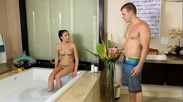 Step Sister Massage – Ariana Marie