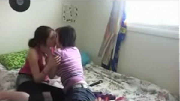 Amazing Homemade Lesbian