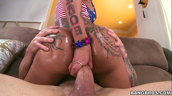 Big Butt Pornstar Bella Bellz Receives Anal Domination! (ma14391)