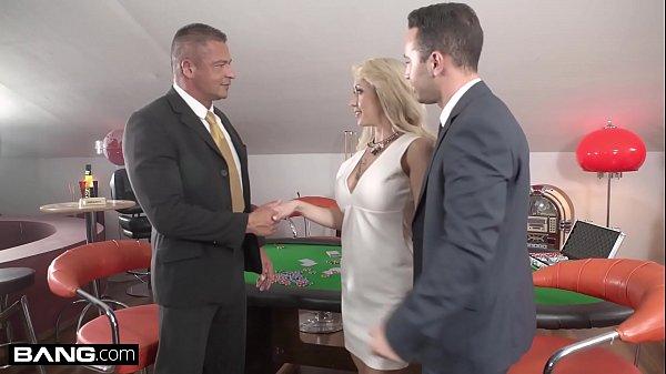 Glamkore – Christina Shine double penetration threesome