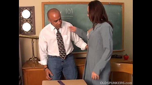 Sunny is a sexy MILF with lovely big tits who loves to fuck