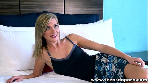 TeenDoPorn Slim blonde teen Chloe Brooke fucked cum swallow