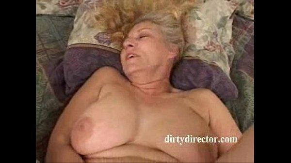 Thick MILF takes it anal