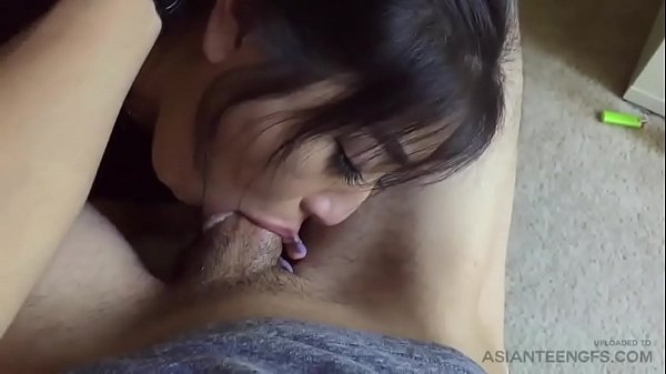 (ASIAN GF) Homemade POV blowjob leaked sex tape