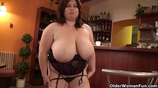 Mature BBW (anne marie) with XXL tits wears stockings and high heels