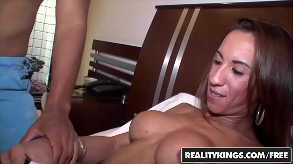 RealityKings – Tranny Surprise – (Sabrina Camargo) – Dm Alura Dahlia