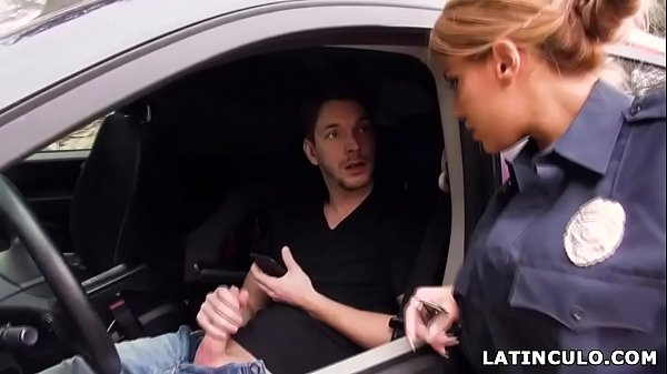 Latina officer caught on a guy jerking off in his car! – Mercedes Carrera