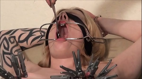 Blindfolded blonde Weekays amateur bdsm and tit torture of clinic patient in gyn