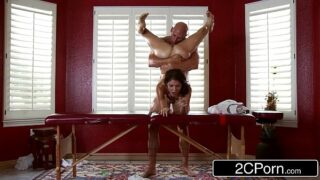 Dirty Masseur Pays Jenni Lee Visit with Massage Table, Oils and Cock