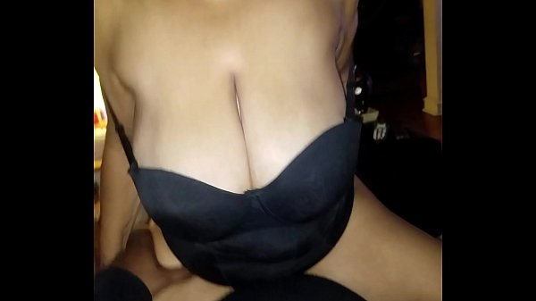 I start to fuck the shit out of the elder as she is trying to ride me. Watch her big brown tittys bounce of to small bra! Almost real late for drop off! Rea!