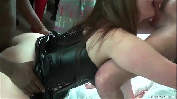 Isla Skye and Tyla Moore GangBang