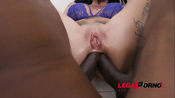 Tattooed slut Megan Inky swallows anal creampies after hardcore DAP with 5 guys SZ2535