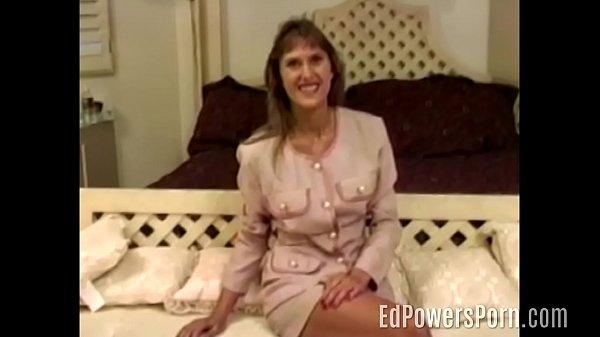 Vintage porn amateur in white heels