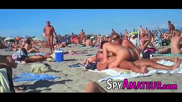 Voyeur swinger beach group sex on SpyAmateur.com