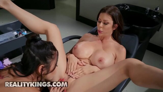 Moms Lick Teens – (Alexis Fawx, Vina Sky) – He Can Wait In The Car – Reality Kings